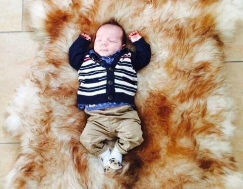 Schapenvacht voor baby